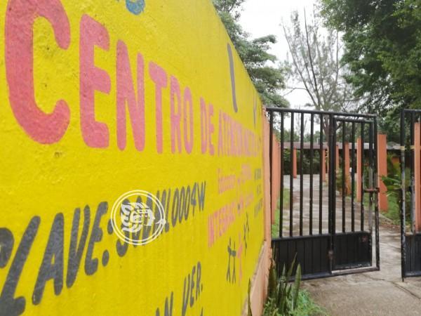 Maestros se niegan a trabajar en el CAM de Minatitlán