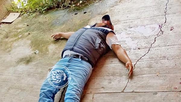 Asesinan a un hombre afuera de un kínder  en Tuxtepec
