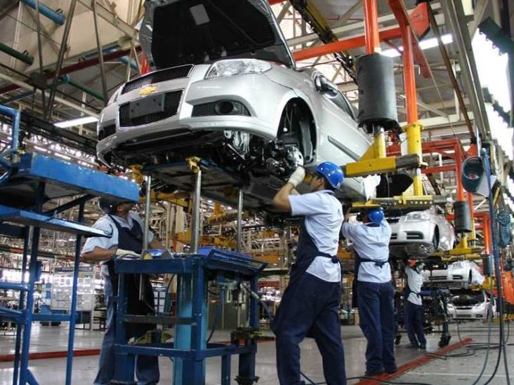 Prevén derrama económica por exhibición de autos