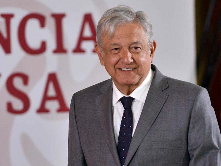 AMLO va muy bien opinan la mayoría de los mexicanos en encuestas