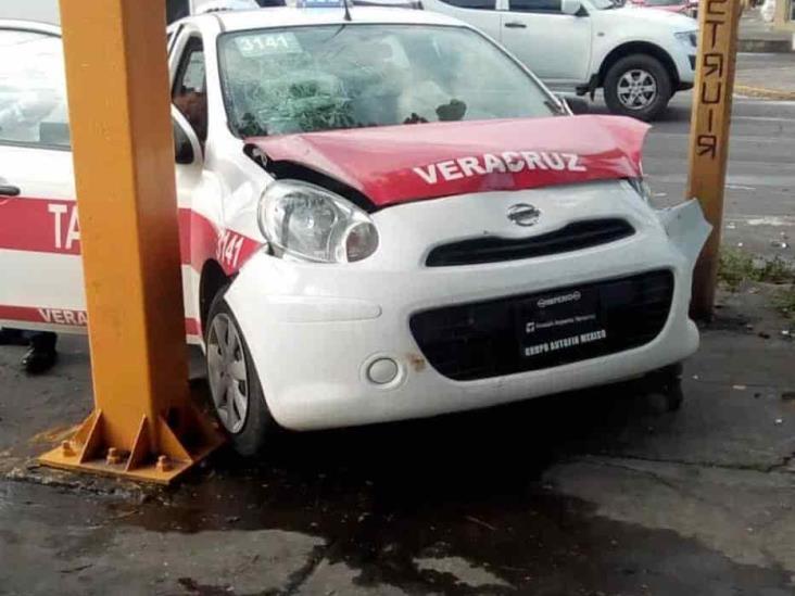 Fuerte accidente en calles de Veracruz, deja una persona lesionada