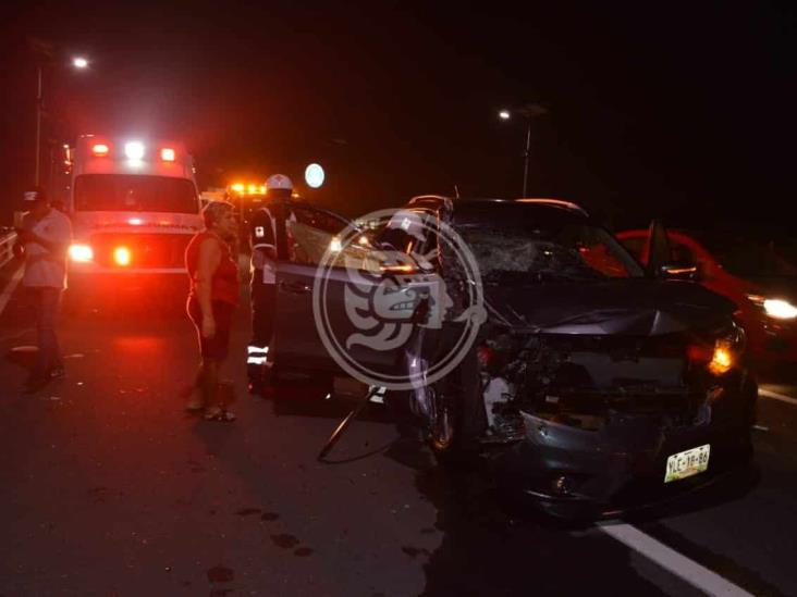 Fuerte accidente se registra en carretera federal Veracruz-Xalapa