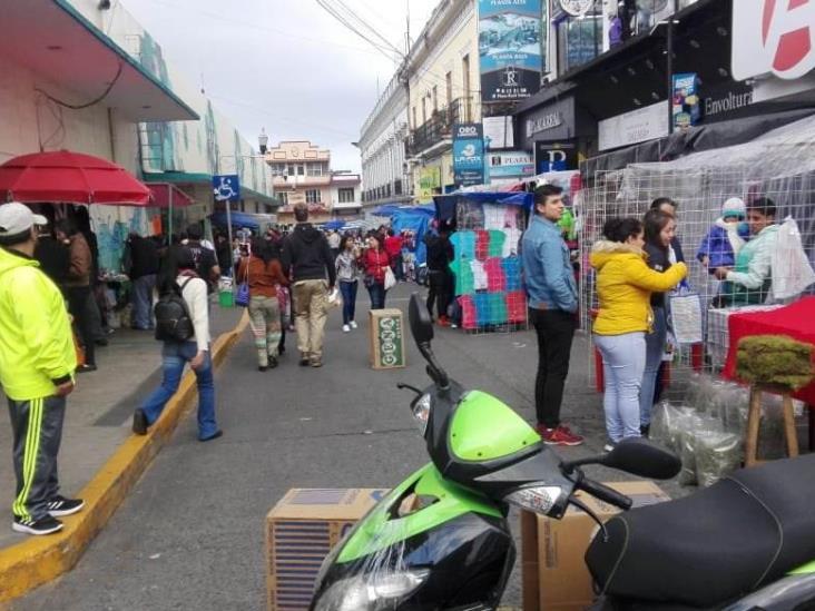 Exigen espacios en centro de Xalapa para ambulantaje