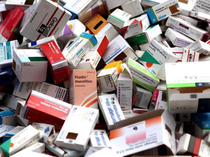 Responsabiliza AMLO a la mafia por desabasto de medicamentos