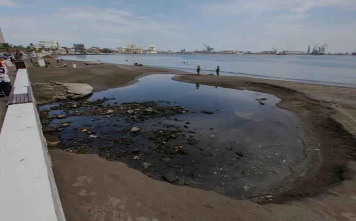 Descargas de aguas residuales al mar, mayor queja de veracruzanos