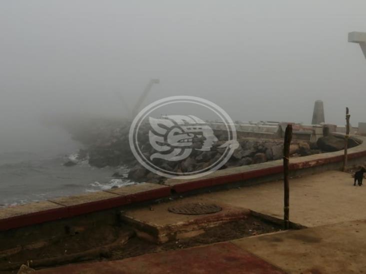 Por densa niebla, pierde ruta transbordador en Coatzacoalcos