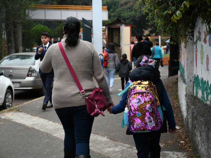 Regresan a clases más de dos millones de alumnos en Veracruz