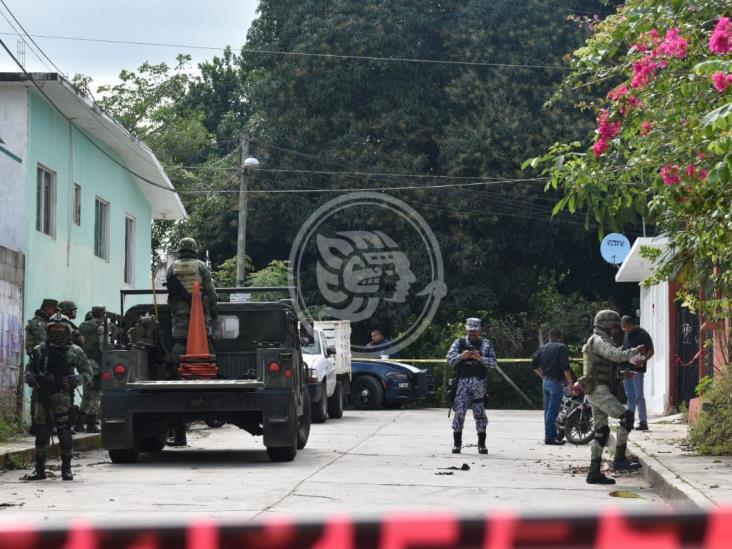 Aseguran presunta casa de seguridad en Oluta; hay tres detenidos