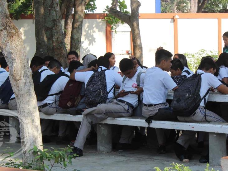 PT Veracruz, a favor de revisión de mochilas