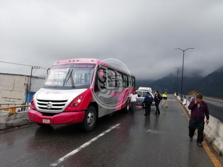 Choque en Río Blanco deja un lesionado y daños cuantiosos