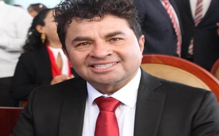Giran orden de aprehensión contra Juan Antonio Vera por ataque con ácido contra saxofonista