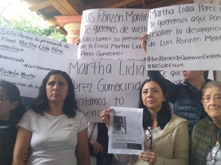 Con bloqueo exigen a FGE en Córdoba encontrar a Luis