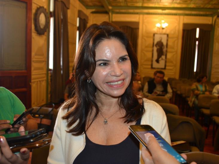Queremos sociedad más igualitaria, no se legisla con chantajes: Mónica Robles