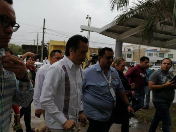 Se reúne Cuitláhuac con colectivos de búsqueda de personas, en Veracruz