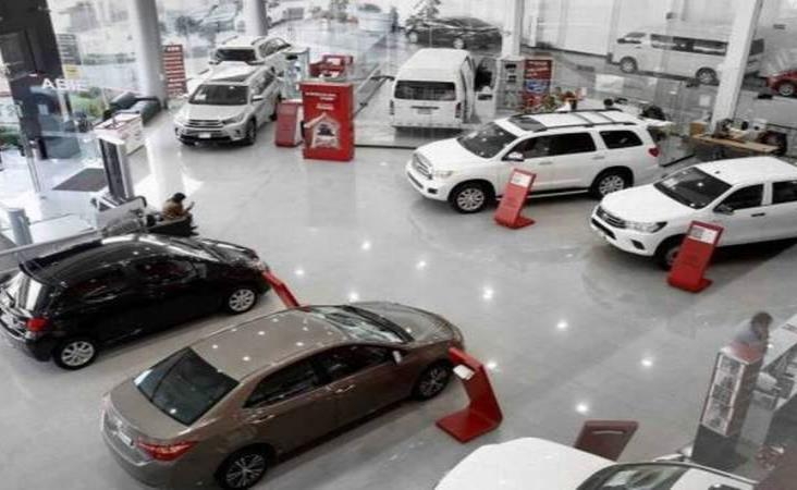 Contracción económica pega a distribuidores de autos en Veracruz