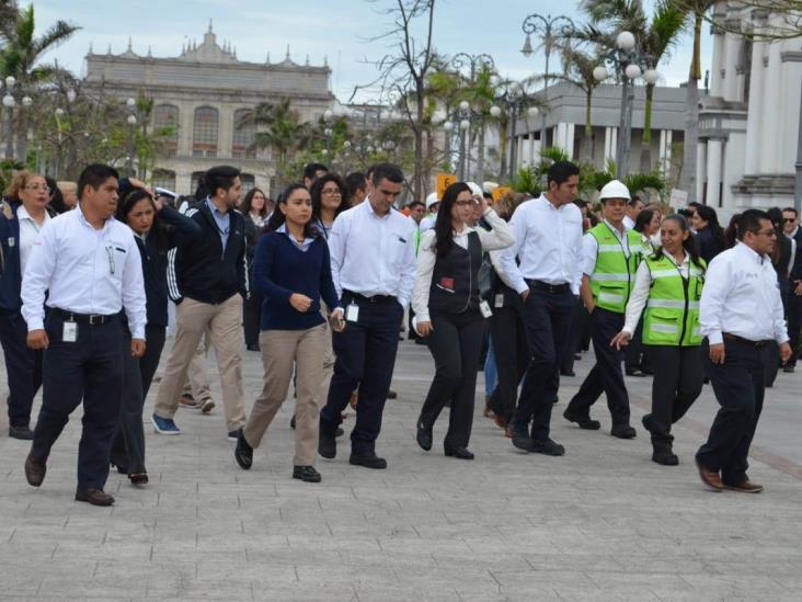 Realizan macrosimulacro de sismo en zona Veracruz-Boca del Río