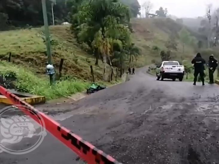 Dejan cuerpo desmembrado y embolsado en Huatusco