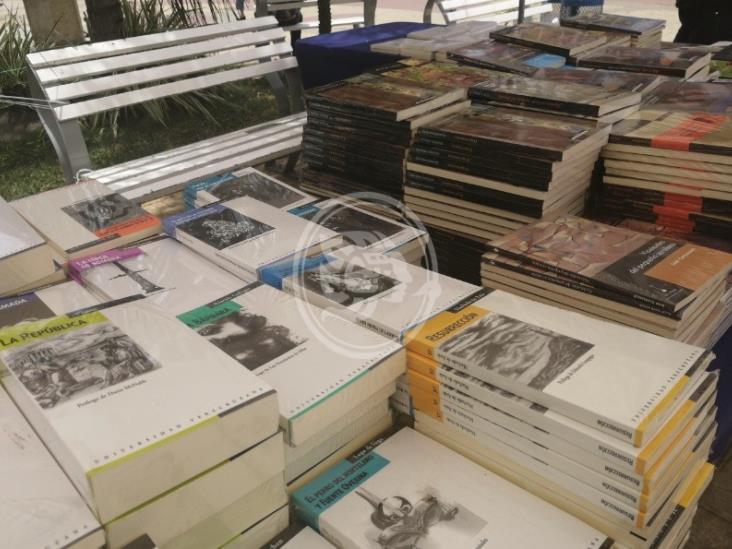 Urgen a donar libros para bibliotecas tuxpeñas