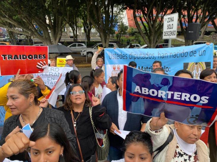 Se deslinda Frente por la Familia de altercados en foros de Igualdad