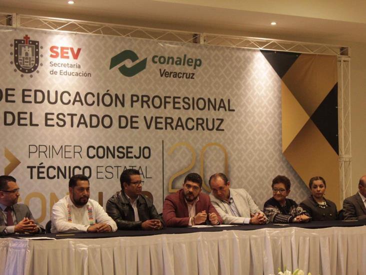 Presentan adeudos con CFE 57 escuelas de Veracruz; podría haber más casos: SEV
