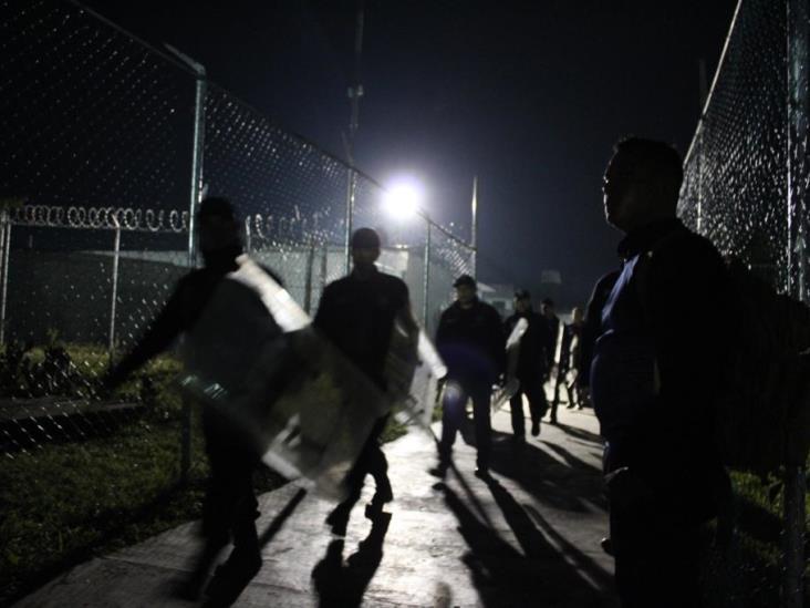 Requisa en cárcel de Tuxpan; decomisan objetos punzocortantes
