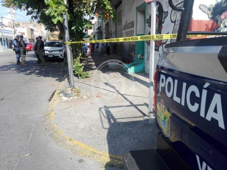 Hallan sin vida a presunto indigente en La Huaca