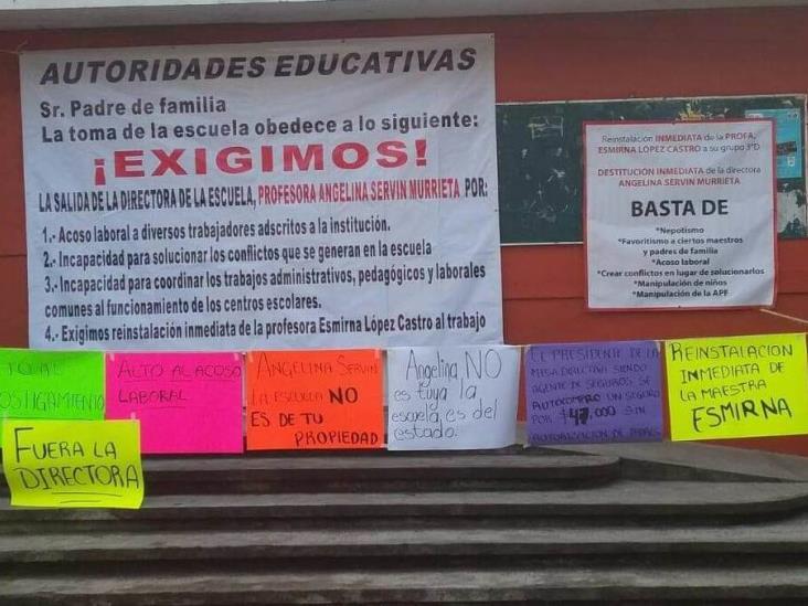 En Xalapa, maestros acusan a directora de escuela Joaquín Servín de acoso