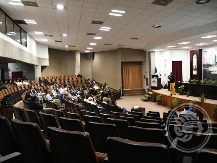 Escasa participación en foro contra reforma a Código Civil de Veracruz