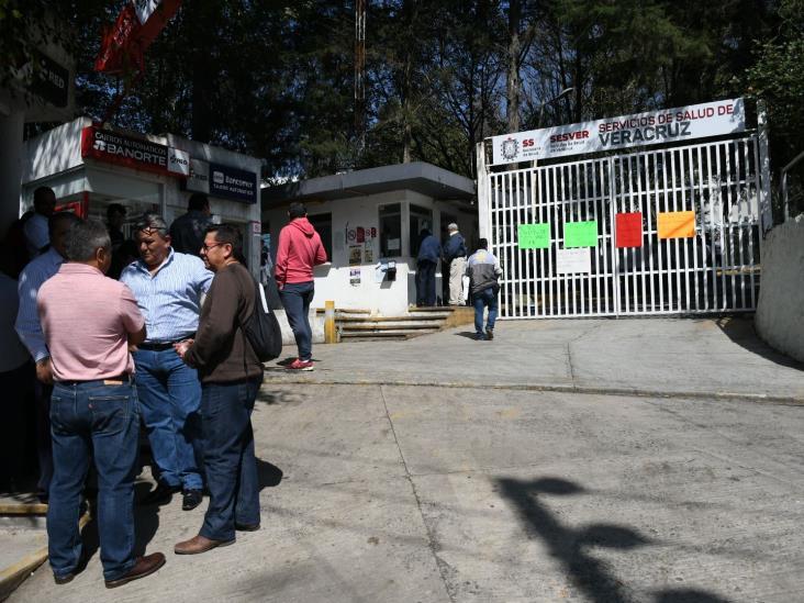 Protestan enfermeros por desaparición de Jornada Acumulada