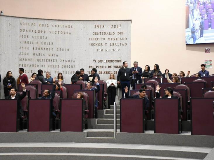 Reforman Ley de Salud para adherir a Veracruz al Insabi