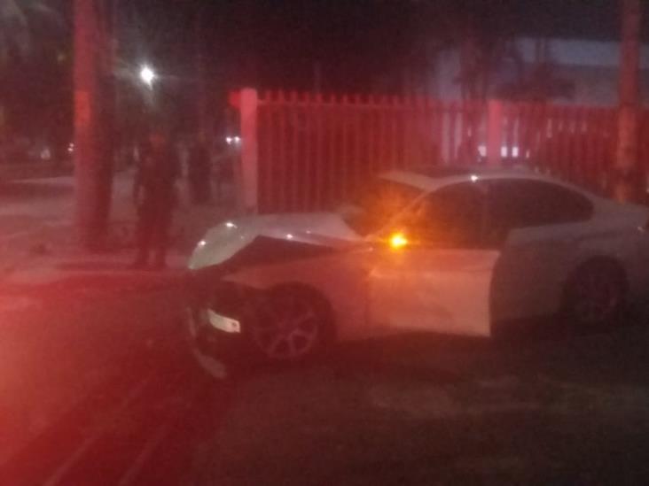 Muere prensado tras chocar en calles de Veracruz