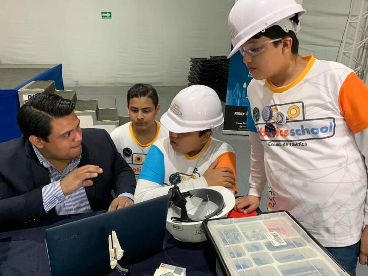 Destacan menores tuxpeños en concursos nacionales de robótica