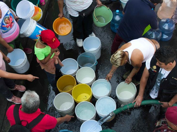 Criminal explotación del agua; acusan 'sobre concesionamiento'