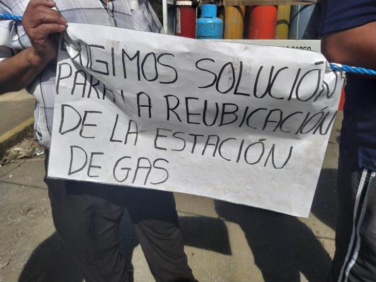 Protestan contra la construcción de una gasera en Atzacan