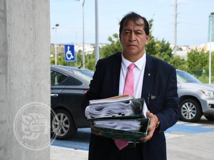 Denuncian a comisionados del IVAI por no atender expedientes