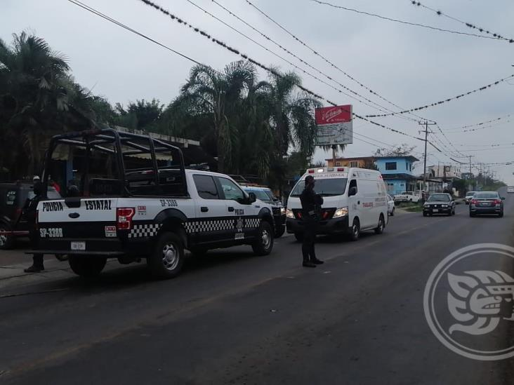Muere policía tras ataque a centro de Salud en Atoyac