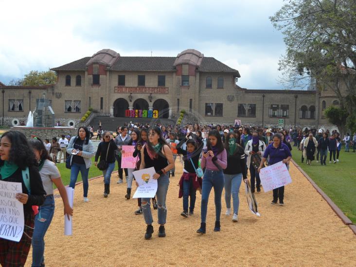 Mujeres de Orizaba se rebelan contra la violencia y se suman a protestas