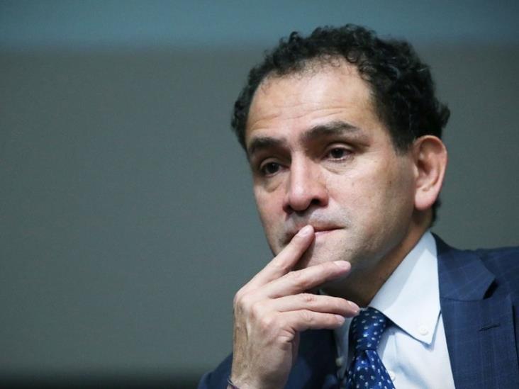 Arturo Herrera reanuda actividades tras dar negativo a prueba de COVID-19