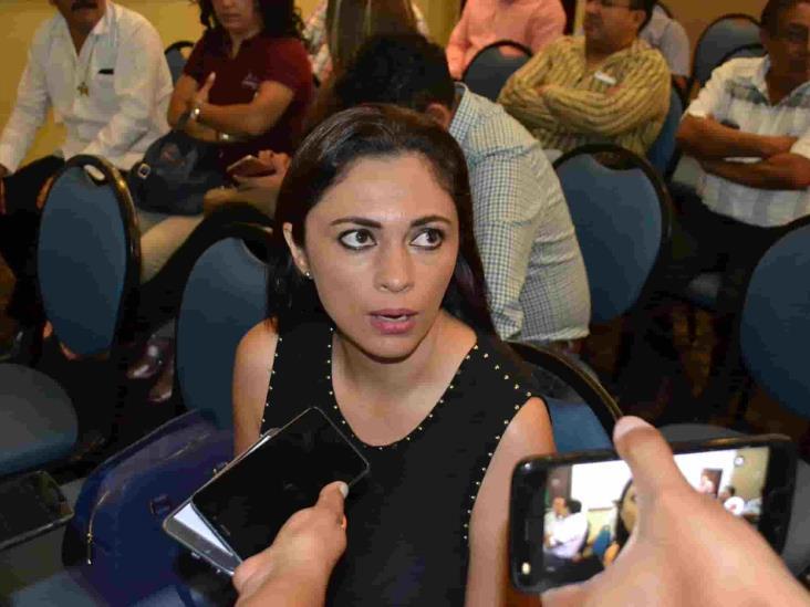 Alcaldesa de Ixhuatlán teme por su vida; denuncia a síndico