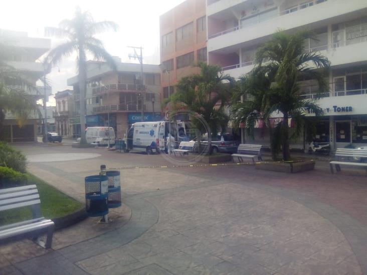 Tuxpan en jaque por COVID-19; cierran centro ante casos sospechosos