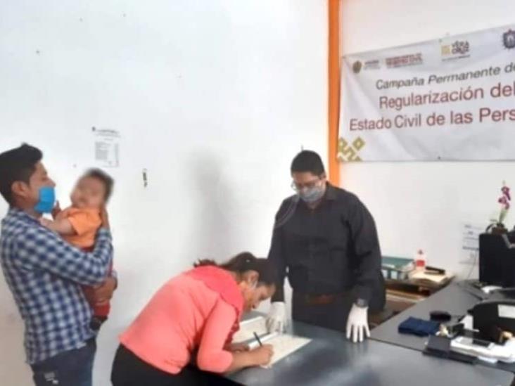 Mónica Robles aplaude primer registro igualitario en Veracruz