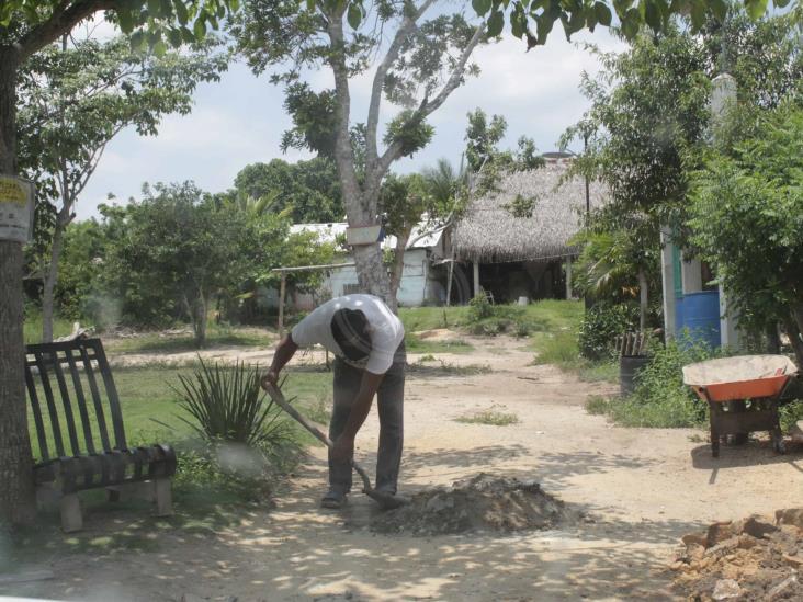 Bloquean paso hacia el Ejido El Pajaral de Las Choapas