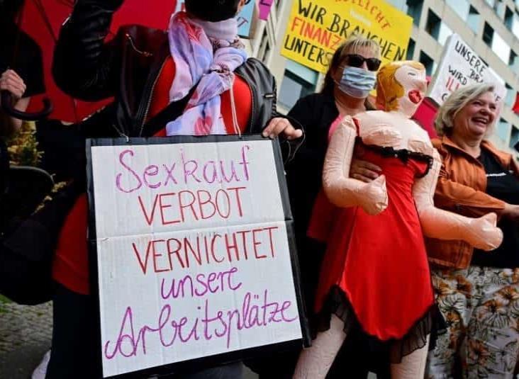 Trabajadoras sexuales en Alemania piden reapertura de burdeles