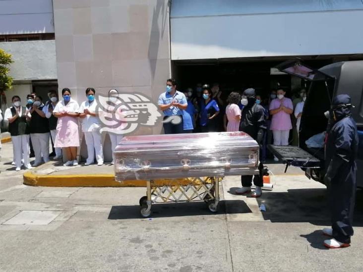 Van 83 defunciones por COVID-19 en personal de salud de Veracruz