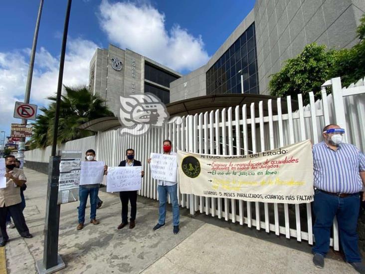 Hasta 100 mil expedientes, parados por inactividad en juzgados, acusan