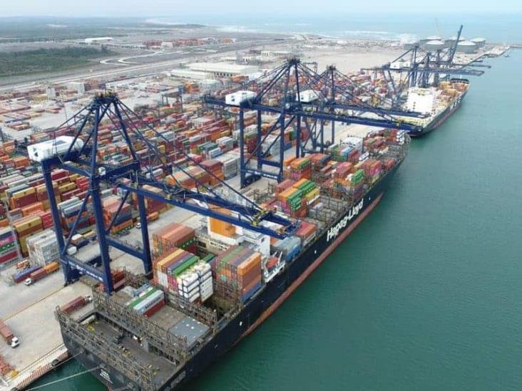 Preocupa a Coparmex retiro de concesión al Puerto de Veracruz: AMLO