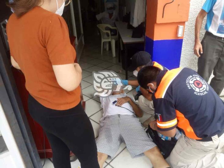 Protección Civil de Acayucan atiende a dos desmayados