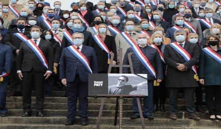 Van 16 detenidos por caso de profesor decapitado en Francia
