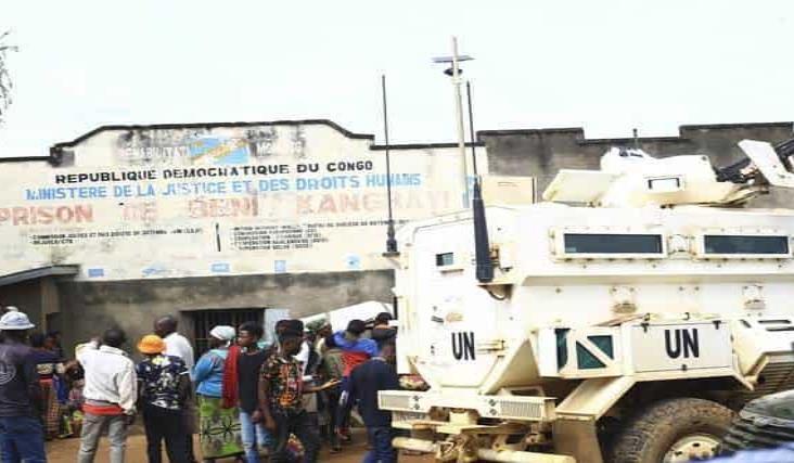 Se fugan más de mil 300 reos de prisión de la RD del Congo