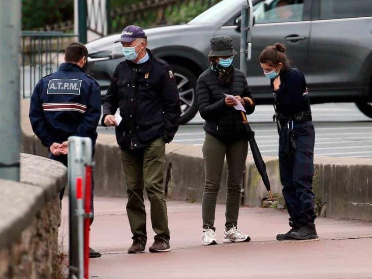 Detienen en Francia a falsificadores de certificados negativos de Covid